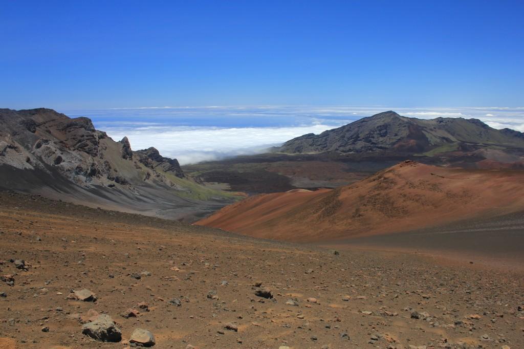 Haleakala_crater_1