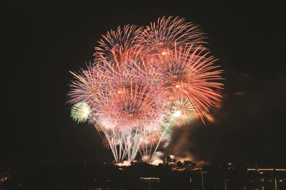 알라모아나불꽃놀이사진